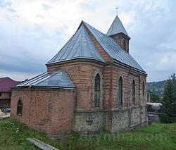 Каплиця Успіння Богородиці у Ворохті. Вівтарна частина