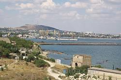 Феодосия. Вид с запада. Порт и доковая башня
