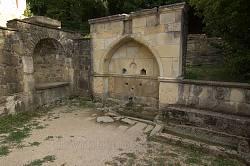 Монастырь Сурб-Хач. Старинные фонтаны