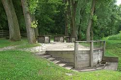 Три криниці у Суботові - пам'ятка природи