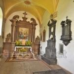 Каплиця костелу у Рудках