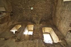 Монастырь в Подгоре. Внутри надвратной башни
