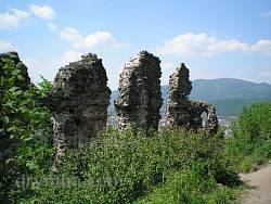 Хустський замок (руїни)