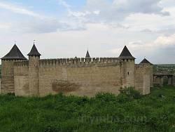 Хотинська фортеця. Вид з боку міста