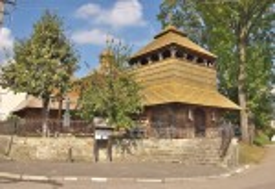 Сколе. Дзвіниця церкви св.Параскеви