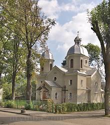 Сколе. Церква Різдва Богородиці