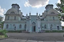 Палац князів Лопухіних. Головний фасад