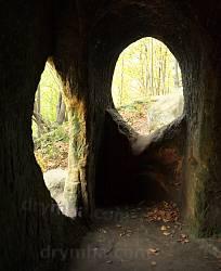 Скельний (печерний) монастир