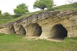 Миколаїв. Унікальний печерний храм з 7 печер
