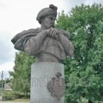 Суботів. Пам'ятник Богдану Хмельницькому