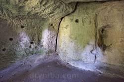 Ілів. Інтер'єр печери