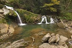 Водопад Каменка у села Дубина