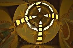 "Каплиця ""Писанка"". Вигляд купола зсередини"