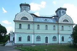 Корсунь. Бічний фасад палацу Лопухіних