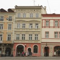Площа Ринок. Кам'яниця Гросваєрівська
