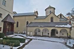 """Двор Армянской церкви и алтарь """"Голгофа"""""""
