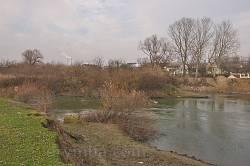 Село Розвадов. Река Днестр