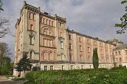 Благочинний заклад (палац) графа Станіслава Скарбека