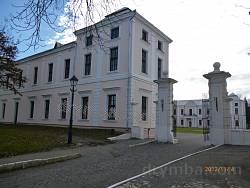 Палац (замок) князів Вишневецьких