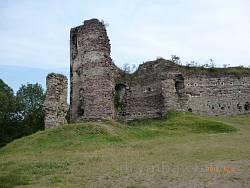 Мури та башта Бучацького замку