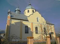 Церква Різдва Пресвятої Богородиці в Рудках (дерев'яна 1870 року, 1993 року обмуровано цеглою).