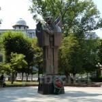 Памятник Юрию Федьковичу в Черновцах