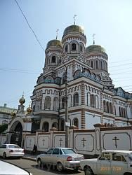 Чернівці. Свято-Введенський жіночий монастир