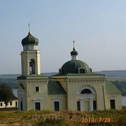 Хотинська фортеця. Церква св. Олександра Невського та будівля церковної школи