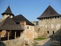 Всередині Хотинської фортеці