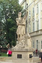 Фігура Адоніса