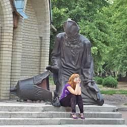 Черкассы. Памятник разрушенным храмам возле Михайловского собора