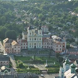 Єзуїтський колегіум (монастир) (м.Кременець, Тернопільська обл.)