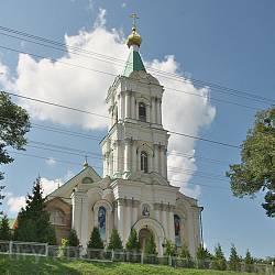 Дзвіниця Богоявленського монастиря. Вид з головної вулиці
