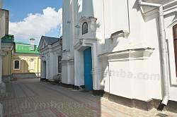 Кременец. Портал Свято-Николаевского собора