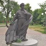 Памятник Василию Симоненко в Черкассах