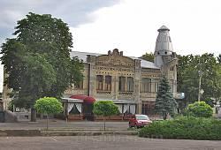 Будівля колишнього комерційного банку у Черкасах