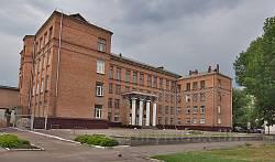 Черкассы. Школа на месте бывшей женской гимназии