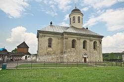 Церква Успіння Богородиці у Крилосі
