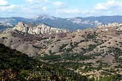 Гірський масив у Кардазькому заповіднику