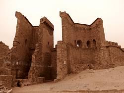 Генуезька фортеця у Судаку. Зруйновані укріплення