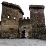 Генуезька фортеця. Брама на вході