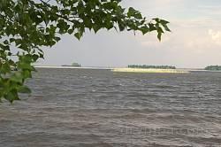 Днепр. Островки на Кременчугском водохранилище