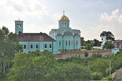 Вид на Успенський собор із замчища
