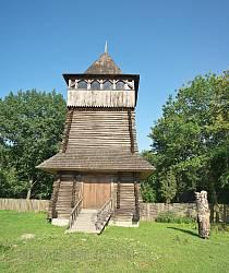 Въездная башня на территорию музея