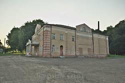 Більшівці. Палац культури (колишня синагога)