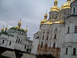 Успенский собор и Трапезная церковь Лавры