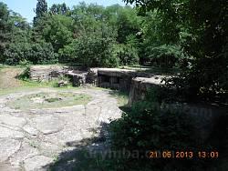 Залишки бетонних укріплень 411 батареї
