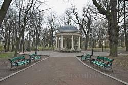 Дорійська ротонда у парку ім.І.Франка