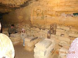 Кімната у катакомбах