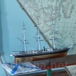 В музеї Маклая. Макет вітрильника